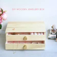 creative and easy diy jewelry storage ideas