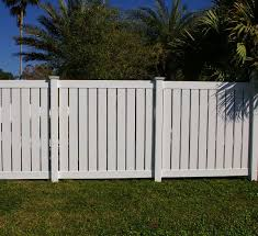 Daytona Vinyl Semi Privacy Fence
