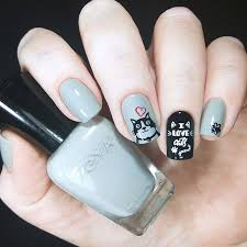 acrylic nails application maintenance
