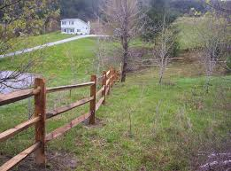 Black Locust Round Hill Fence