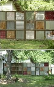 30 Eye Popping Fence Decorating Ideas That Will Instantly Dress Up Your Lawn Fence Decor Backyard Fence Decor Backyard Fences