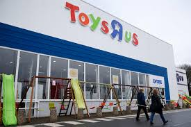 toys r us reopening group of investors