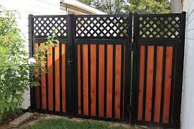 11 backyard fence ideas beautiful
