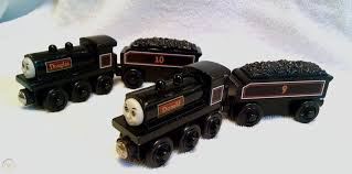 genuine thomas wooden train 2003 donald