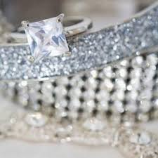 four tips for selling your diamond jewelry