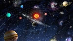 que interaccion mantiene las estructuras del universo unidas , si ...