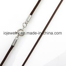 metal clasp geniune leather necklace