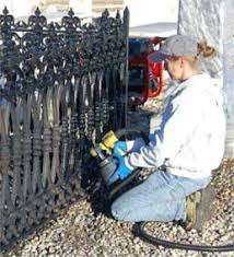 Diy Wrought Iron Fence How To Paint Wrought Iron Fence Repainting Wrought Iron Fences