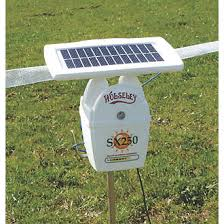 Stockshop Sx250 Solar Powered Electric Fence Energiser Battery Powered Fencers Screwfix Ie