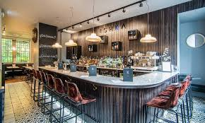 ishka restaurant and l bar up