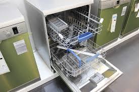 Sự thật về tin đồn máy rửa chén có thể rửa được xoong nồi