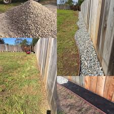 Rock Against The Fence In 2020 Backyard Landscaping Designs Backyard Fences Backyard