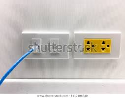 ethernet cable into wifi extender