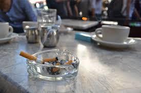 Fotos gratis : vaso, de fumar, comida, beber, Cigarrillos, tóxico,  adicción, tabaco, cáncer, hábito, cenicero 4608x3072 - - 491793 - Imagenes  gratis - PxHere
