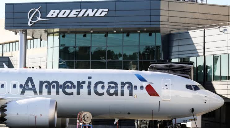 """Resultado de imagen para American Airlines Boeing 737 MAX png"""""""