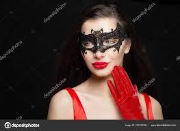 brunette woman red lips makeup wearing