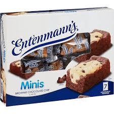 minis brownie chocolate chip cakes