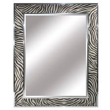 mirror courtesy of instyle decor