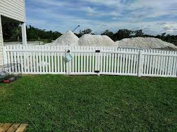Picket Fences Fence Services Inc Aaa Fence