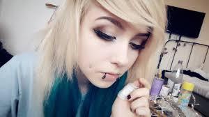 big eye makeup alternative emo scene
