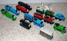 thomas wooden railway trains