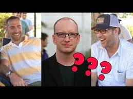 There's a theory that the directors Jason Friedberg and Aaron Seltzer (Epic  Movie, Meet the Spartans, Vampire's Suck etc.) are actually Steven  Soderbergh - movies