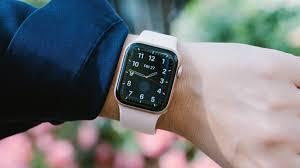 Обзор стильных и умных часов Apple Watch 5 — Городская жизнь Киева