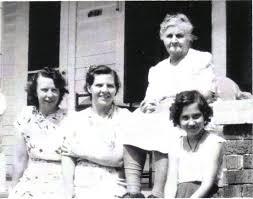 Effie May Smith / Effie Marie Butzke, Lorraine Robertson, Effie May Smith,  Darlene Robertson.jpg