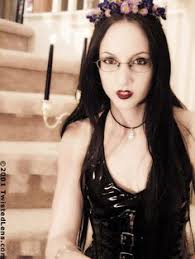 8 Best wednesday mourning images | goth, dark beauty, gothic beauty
