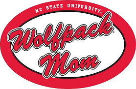 Amazon Com Nc State 6 Oval Wolfpack Mom Auto Vinyl Decal Sports Outdoors