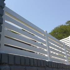 Horizontally Slatted Screens Gates Value Fencing Pvc Fence Gates Contractor