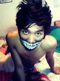 insane big mouth makeup idea
