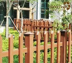 China Wooden Garden Park Plastic Composite Slat Fence China Fence Slatted Composite Fence