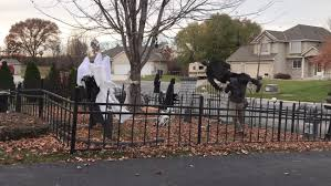 Halloween Graveyard Decorations Light Up Minnesota Yard Hallowlane