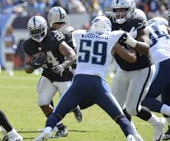 Raiders' move to Marshall Newhouse on offensive line paying off