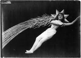 Image from film by Georges Melies (Eclipse, 1907) | George melies, Vintage  moon, Art