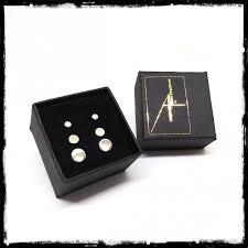 gift box of 3 pairs of small round