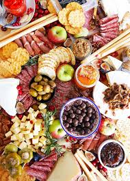 how to make a charcuterie board lexi