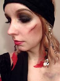 how to do pirate makeup female