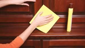 Чем мыть межкомнатные двери: правила ухода