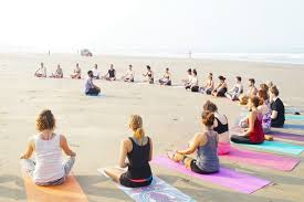 , How to Choose the Right 200-hour Yoga Teacher Training Goa School