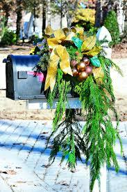 Christmas Mailbox Decorating Ideas Hgtv S Decorating Design Blog Hgtv