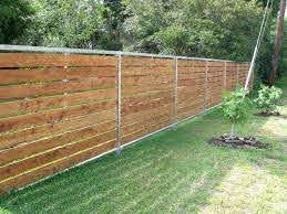 29 Simple Cheap Temporary Fencing Ideas Temporary Fencing Ideas Fence Design Diy Garden Fence Privacy Fence Designs