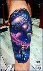 Space Tattoo With Images Kolorowe Tatuaze Piekne Tatuaze