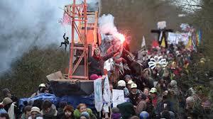 Notre-Dame-des-Landes Jour de fête pour les zadistes qui célèbrent leur  «victoire»