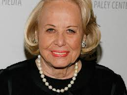 Liz Smith (1923 – 2017), legendary gossip columnist - Legacy.com