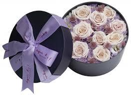 588 出售agnes b fleuriste浪漫花盒一盒