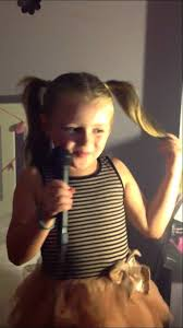 Keira lea smith aged 5 pay phone - YouTube