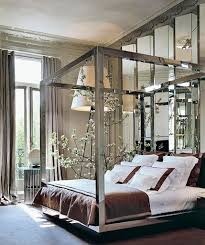 four poster bed w mirrored canopy