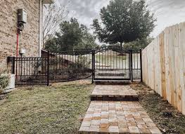Defuniak Springs American Eagle Fence